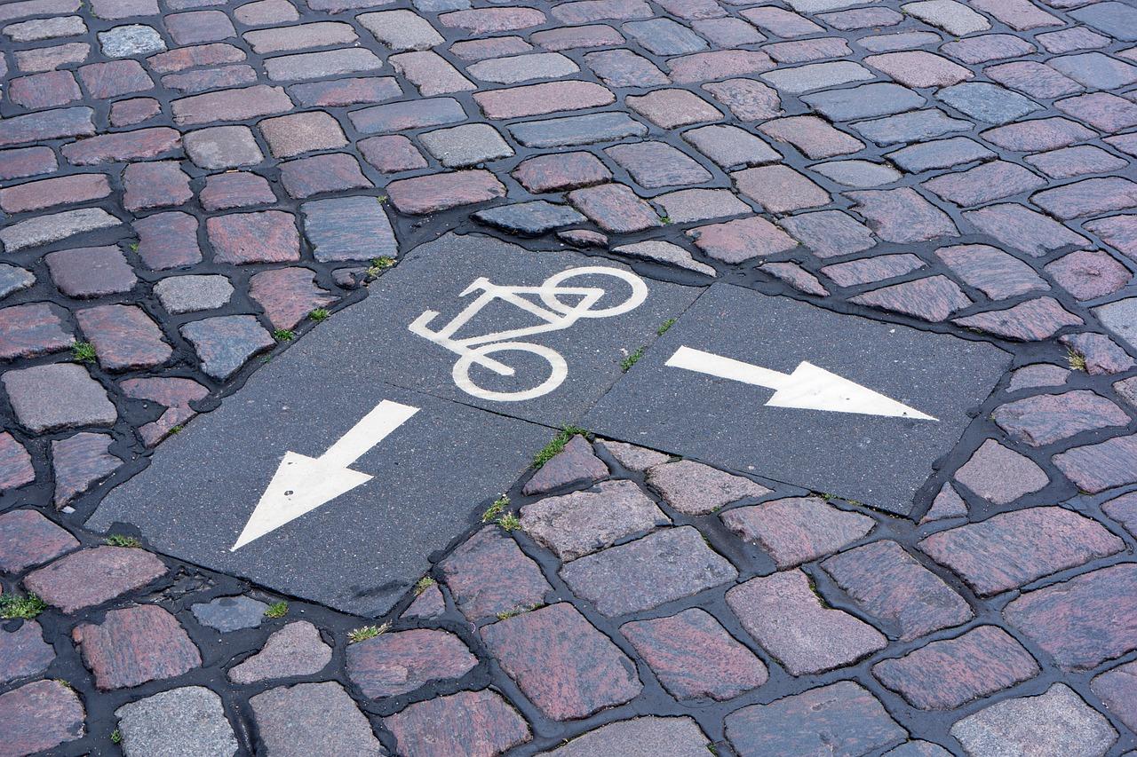 Prüfung einer Fahrradstraße als echte Alternative für Radfahrer zur Jahnallee